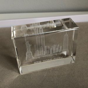 New York City Skyline Twin Towers Paperweight